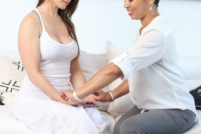 Akupresura je hodně podobná akupunktuře