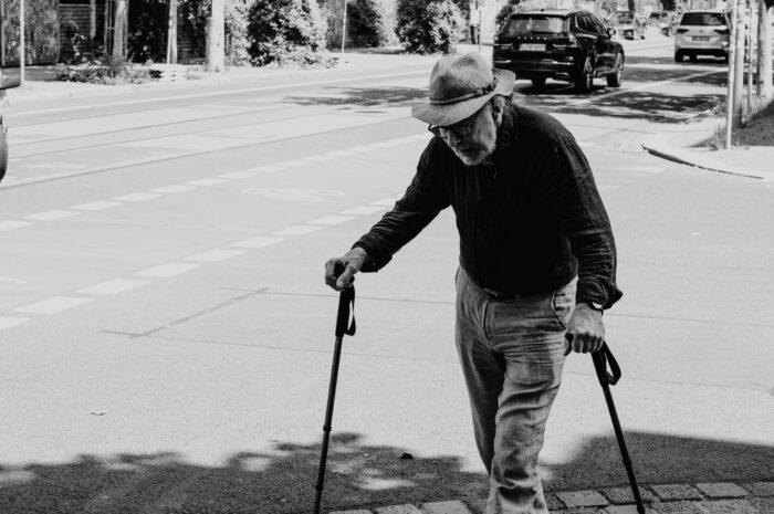 Invalidní důchod – víte, kdy na něj máte nárok?